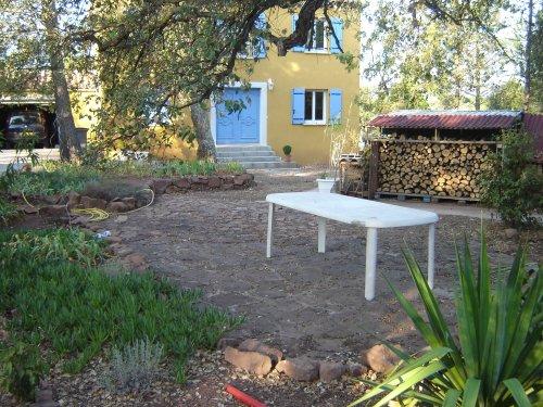 terrasse rustique. Black Bedroom Furniture Sets. Home Design Ideas