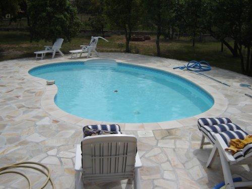 construction de la piscine. Black Bedroom Furniture Sets. Home Design Ideas