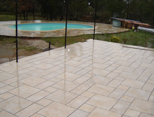 Magasin carrelage gembloux for Nettoyer terrasse carrelage