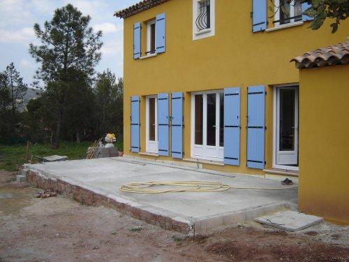 terrasse beton 40m2. Black Bedroom Furniture Sets. Home Design Ideas
